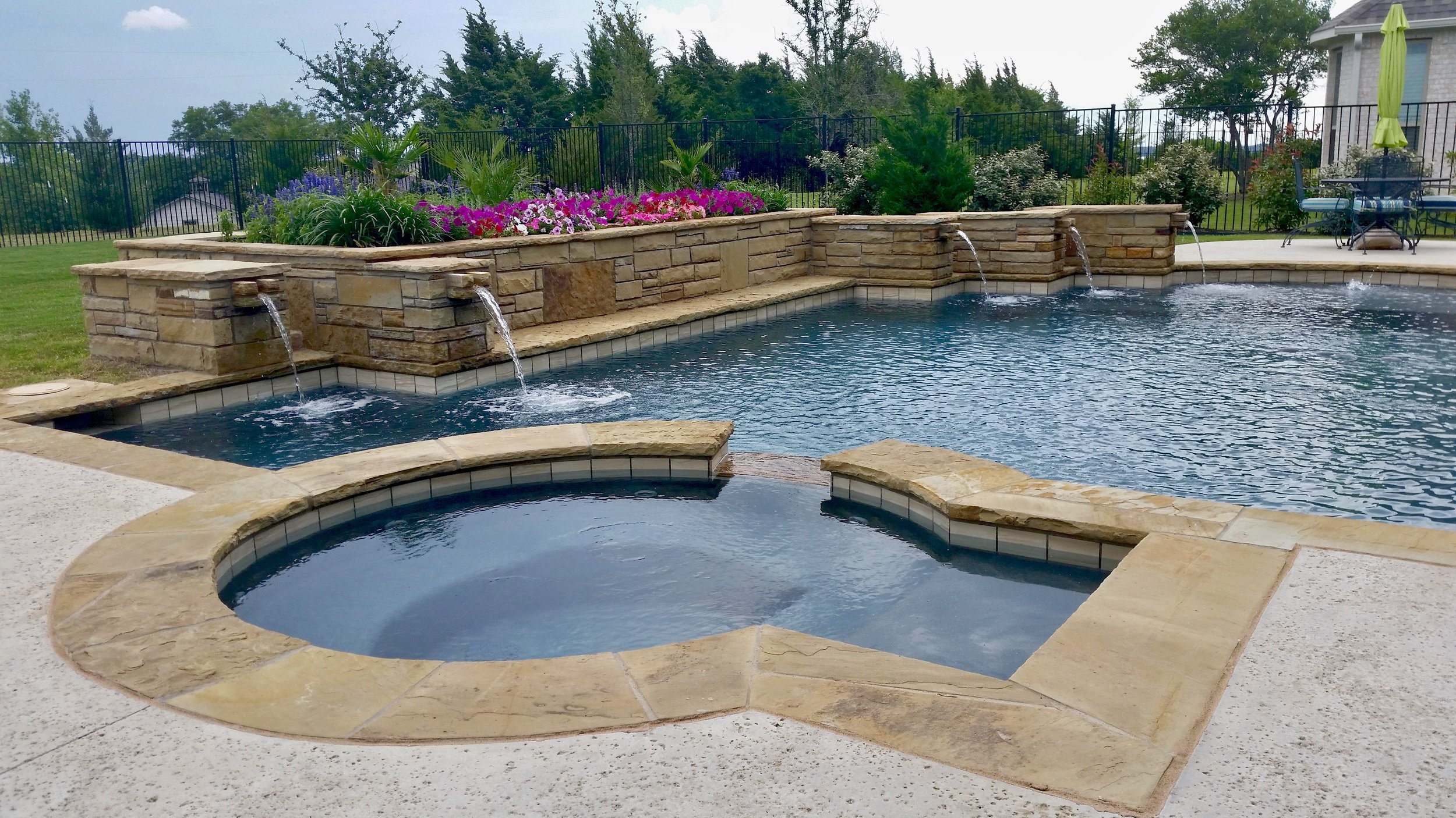 Lucas+Pool+Adjusted