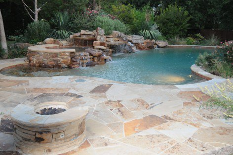firepit_outdoor_waterfall_landscaping